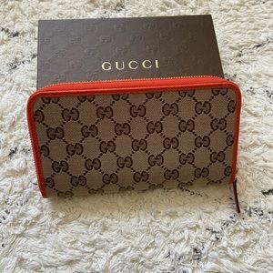 Guccissima Zip around wallet